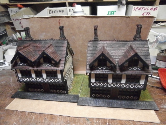 "<span itemprop=""name"">SCALEPRINT 28MM SMALL TUDOR PUB COMPLETE MODEL</span>"
